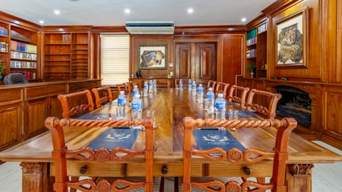 The Boardroom at 32 on Russell
